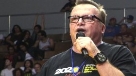 Tom Arnold on His Passion for Wrestling